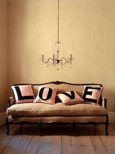 oh i love these pillows! DIY maybe? i think YES!!!