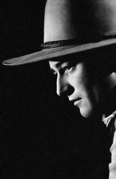 STAGECOACH (1939) - John Wayne as 'The Ringo Kid' - Directed by John Ford - United Artists.