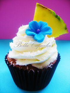 Bella Cupcakes:   tropical coconut