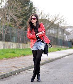* Petit and Sweet Couture: FLAT MATTE BLACK REVO COLOR LENS WAYFARER SUNGLASSES 8025