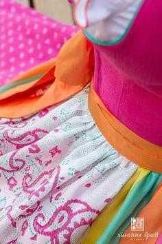 Susanne Spatt - Dirndl Marie linen pink, cotton panel skirt (DKS14406-BK), Silk apron pink, original woodblock handprinting (DKS14521-K) Salzburg, Outlet, German, Couture, Fabric, Jackets, Collection, Color, Design