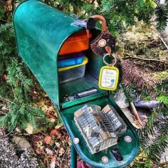 It's not just any ol' geocache, it's also a work of art. (pic by mcmartygc)… Wood Router, Wood Lathe, Cnc Router, Geocaching Containers, Swag Ideas, Auction Projects, Quilling 3d, Girl Scouts, Cub Scouts