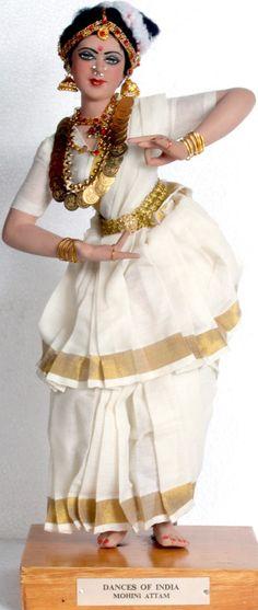 Dance of India,Mohini Aattam,Kerala Indian India, Indian Ethnic, Pretty Dolls, Cute Dolls, Dancing Dolls, Indian Dolls, Indian Crafts, Girly Pictures, Indian Festivals