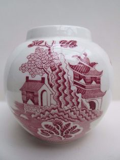 Beautiful Oriental Style Pink & White Glazed Ceramic Vase Mason s England