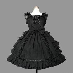 Lolita Mode, Style Lolita, Gothic Lolita Dress, Gothic Lolita Fashion, Pale Yellow Dresses, Frilly Dresses, Jumper, Cosplay Dress, Cosplay Costumes