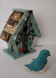 Free Crochet Patterns and Designs by LisaAuch: How to Crochet a Bird Pattern {Free Crochet Bird P...