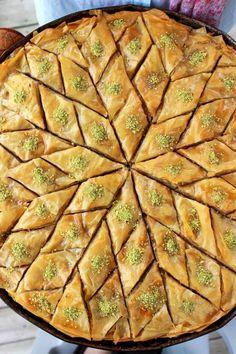 Diamond Cut Baklava | Mom! What's for Dinner?