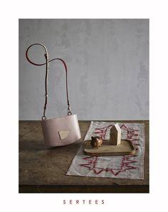 SERTEES collection POCI structured leather bag / shoulder bag / convertible to belt bag