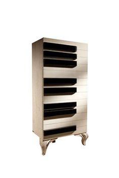 Испанская мебель ручной работы > Дизайнерская мебель > Коллекция 2013 года > Лола Гламур (Испания)  Артикул 0047