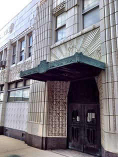 Art deco graces the facade of the Coca Cola Co. bottling building, found on the Indy Cultural Trail. (c) GTH & Marc Kassouf