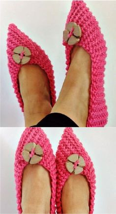 How To Crochet Cozy Slippers Hi crochet lovers around the world. Easy Crochet Patterns, Crochet Designs, Crochet Stitches, Crochet Ideas, Crochet Slipper Pattern, Crochet Shoes, Crochet Cozy, Crochet Crafts, Beginner Crochet Projects