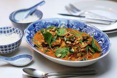 Kikärtsgryta med shitakesvamp i röd curry och kokosmjölk