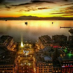 Sunset in Thessaloniki. Macedonia Greece, Athens Greece, Greece Thessaloniki, Greece Holiday, Greece Travel, Greek Islands, Aerial View, Ideal Home, City