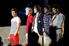 One Direction @ The Dublin One Direction Harry Styles, One Direction Pictures, Harry Styles 2012, Zany Malik, Vampire Girls, Die Young, In This Moment, Bad Bad, Dublin