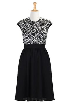 Pleat collar apple print dress