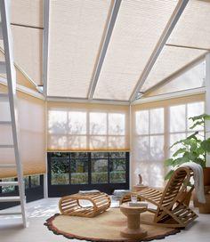 """Eindelijk zomer! Houd muggen, pollen, hinderlijk licht of warmte buiten de deur met de raamdecoratie en horren van Luxaflex. In onze Inspiration Shop zijn alle raamdecoratie producten """"live"""" te bewonderen. Wij bieden je graag een oplossing op maat, ook tijdens de bouwvak! http://www.luxaflex.nl/  https://www.facebook.com/media/set/?set=a.484331458310675.1073741850.112591252151366=3"""