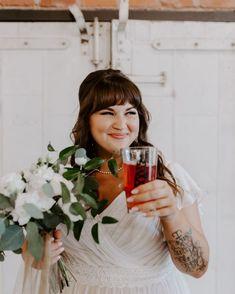 @meganbervenmakeup posted to Instagram: Nothing like a pint of good beer on your wedding day!   Cheers! 🍻🍻  #weddingday #welltownbrewing  #bride #brewerywedding #beer #draftbeer #tulsamakeupartist #weddingphotography #weddinginspiration #beerme #craftbeerlover #beerstagram Brewery Wedding, Makeup Portfolio, Best Beer, On Your Wedding Day, Oklahoma, Special Events, Cheers, Wedding Inspiration, Flower Girl Dresses