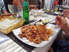 Was gibt es hier zu Essen? Chicken Wings, Meat, Food, Las Palmas, Canary Islands, Food Food, Essen, Meals, Yemek
