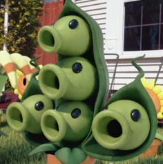 6 headed peashooter 298x300 Time is Precious In Plants Vs. Zombies 2: Its About Time