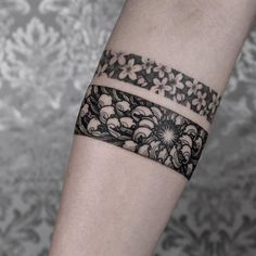 45 Perfect Armband Tattoos for Men and Women Botanical bands by Arang Eleven Tattoos Masculinas, Forearm Band Tattoos, Cute Tattoos, Unique Tattoos, Beautiful Tattoos, Arm Tattoo, Hand Tattoos, Ankle Band Tattoo, Tatoos