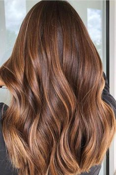 Mid-Lighting Is the Hair Color Secret We All Need to Know About: Rusty Bronde - Cabello Rubio Brown Hair Balayage, Brown Hair With Highlights, Brown Blonde Hair, Light Brown Hair, Hair Color Balayage, Light Hair, Brown Hair Colors, Brunette Hair, Balayage Highlights