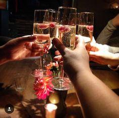 Hendrick's Gin, Amsterdam, Restaurant, Steak, Alcoholic Drinks, Glass, Instagram, Food, Blue