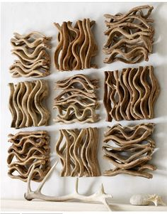 Driftwood wall art       ♪ ♪ ... #inspiration_crochet #diy GB http://www.pinterest.com/gigibrazil/boards/