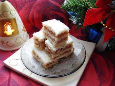 Avem nevoie de urmatoarele ingrediente: Pentru Foi: -10 linguri zahar -10 linguri ulei -10 linguri lapte -1 ou -1 lamaie -1 lingurit... Pancakes, French Toast, Sweets, Breakfast, Desserts, Blog, Morning Coffee, Tailgate Desserts, Deserts