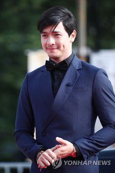 Awards, Korea, Suit Jacket, Suits, Jackets, Fashion, Down Jackets, Moda, Fashion Styles