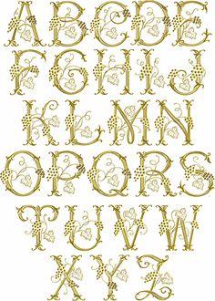 Vackert som monogram med plattsöm på örngotten.  ...undrar vem som orkar brodera monogram med plattsöm nu för tiden dock- kanske jag när jag blir gammal?