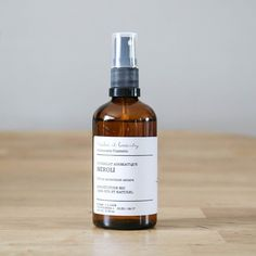 marguette.com vous propose l' hydrolat de néroli bio de Make it beauty. Il convient à tous les types de peaux et surtout les peaux séches et sensibles. Elle est apaisante, tonifiante et régénérante pour un nettoyage en douceur. Fabriqué en France