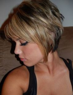 Bob Stufig Mid-Length Fresh Best Short Bob Hairstyles 2018 For Beautiful . You may Want To See More # short # hairstyles # hairstyle # bobs # style hairstyleshairstylebobsstyle # middle length # want Short Hair With Bangs, Short Hair Cuts For Women, Short Hairstyles For Women, Short Hair Styles, Short Cuts, Popular Hairstyles, Bob Styles, Latest Hairstyles, Straight Hairstyles