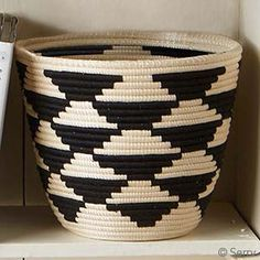 Black and White Hand Woven Sisal Leaf and Thread Basket with Triangle Pattern from Rwanda Sisal, Basket Weaving Patterns, Pine Needle Baskets, Basket Crafts, Rope Crafts, Rope Basket, Basket Decoration, Baskets On Wall, Jute