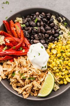 Take all the flavors from your favorite platter of sizzlin' fajitas and turn them into these Chicken Fajita Power Bowls. You won't know what hit you! Healthy Meal Prep, Healthy Eating, Healthy Recipes, Fitness Meal Prep, Meat Recipes, Healthy Foods, Recipies, Mexican Food Recipes, Dinner Recipes