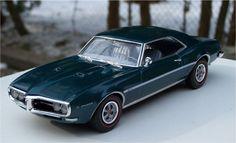 Revell 1968 Pontiac Firebird 400 400ci