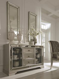 Birlanny Silver Dining Room Server sold at Spokane Furniture serving Spokane, WA and surrounding areas. Living Room Interior, Home Interior, Living Room Decor, Interior Design, Living Rooms, Antique Dining Rooms, Dining Room Furniture, Home Furniture, Space Furniture
