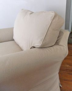 The back cushion has new boxing -- nice and tidy once again. slipcovermaker.com