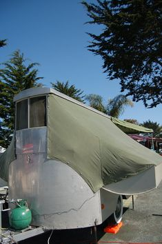 1951 Powell's Palace Tent Trailer