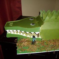 Crocodile Valentine Box - Anna Nimmity