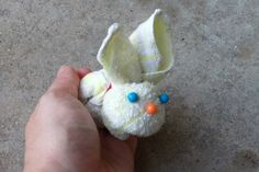 Easter bunny towel origami. Online video tutorial: http://foldingmagic.com/easter-crafts-for-children-easter-crafts-for-kids/ towel art, ice cubes, hands, easter crafts, towel origami, towel fold, towel bunni, easter bunny, hand towels