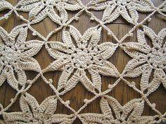 Ravelry: komon's Magnoria shawl