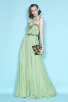 Love the color...makes me want to go to ball dance!! :)