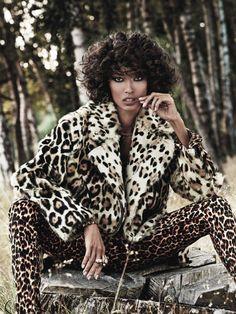 Les tops du numéro de novembre 2013 de Vogue Paris Anais Mali http://www.vogue.fr/mode/mannequins/diaporama/les-mannequins-du-numero-de-novembre-2013-de-vogue-paris-gisele-buendchen-anais-mali-cora-emmanuel-emily-didonato/16035/image/877419#les-tops-du-numero-de-novembre-2013-de-vogue-paris-anais-mali