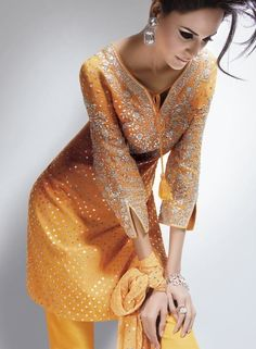 Sometimes we underestimate how beautiful yellow can look. Love this salwar-suit! Indian Suits, Indian Attire, Indian Wear, Punjabi Suits, Indian Style, Desi Clothes, Indian Clothes, Ethnic Chic, Desi Wear