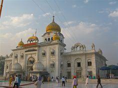 Bangla Sahib Rohtak, - Haryana is home to a number of and shrines. However, the Gurudwara Bangla Sahib Haryana deserves a special mention. Dubai Travel, Asia Travel, Dubai Trip, Delhi Tourism, Delhi City, States Of India, Tourist Places, Photos Of The Week, Incredible India