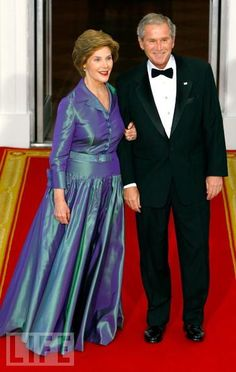 President George and Laura Bush  A CLASSEY COUPLE. OH HOW I WISH WE HAD A GOOD AMERICAN PRES LIKE THIS.. AGAIN