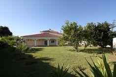 Lovely beachside villa for sale in Guadalmina Baja, fab gardens!