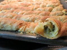 Pita Recipes, Pastry Recipes, Cookbook Recipes, Greek Recipes, Cooking Recipes, Healthy Recipes, Greek Pita, Eat Greek, Greek Cooking