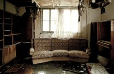 The flood masters offer flood damage cleanup and water damage restoration service in maryland and washington dc Smoke Damage, Water Damage, Renters Insurance, Home Insurance, Flood Damage, Restoration Services, Furniture Restoration, Home Repair, How To Clean Carpet