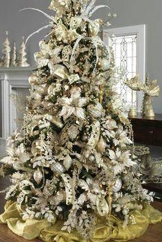 árbol de Navidad plateado Más